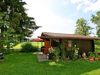Romantic 1 bedroom Schlierbach House with Shared Outdoor Pool - Schlierbach vacation rentals