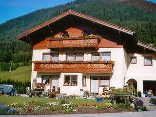 Cozy Saint Martin am Tennengebirge Apartment rental with Television - Saint Martin am Tennengebirge vacation rentals