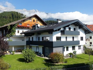 Comfortable 2 bedroom Schwaz Condo with Internet Access - Schwaz vacation rentals