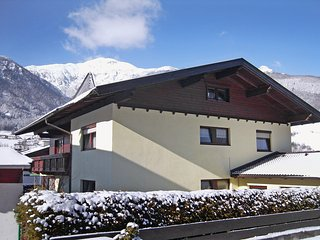 Beautiful Apartment in Matrei am Brenner with Television, sleeps 8 - Matrei am Brenner vacation rentals