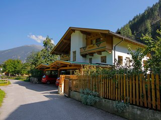 Nice 2 bedroom Mayrhofen Apartment with Television - Mayrhofen vacation rentals