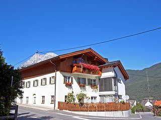 Comfortable Condo with Television and Microwave - Telfs vacation rentals