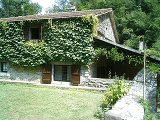 Perfect House with Internet Access and Television - Vernio vacation rentals