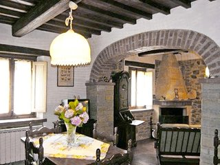 Bright 2 bedroom House in Vicchio with Television - Vicchio vacation rentals