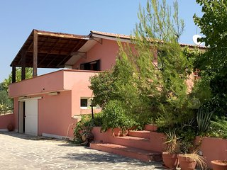 Beautiful 3 bedroom House in Città Sant'Angelo - Città Sant'Angelo vacation rentals