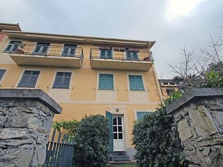 Cozy 2 bedroom Apartment in Camogli with Television - Camogli vacation rentals