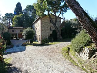 Beautiful Condo with Internet Access and Shared Outdoor Pool - Citta della Pieve vacation rentals