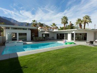 Perfect Villa with Internet Access and A/C - Palm Springs vacation rentals