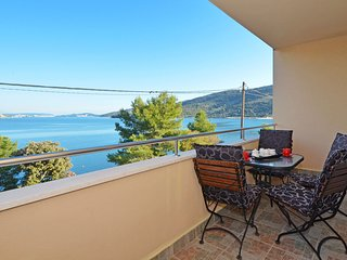 TROGIR, MARINA - apartment ELYSIUM 1 - Marina vacation rentals