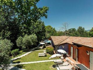 Bright Soiano Del Lago Apartment rental with Internet Access - Soiano Del Lago vacation rentals