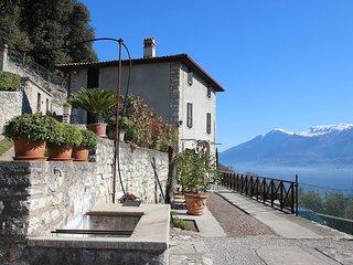 Beautiful 2 bedroom Condo in Tignale - Tignale vacation rentals