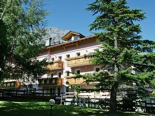 Bright Condo with Television and Microwave in Bormio - Bormio vacation rentals