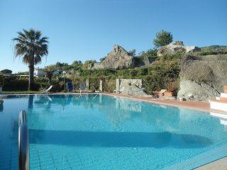 2 bedroom Condo with Shared Outdoor Pool in Forio - Forio vacation rentals