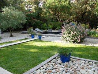 Maison dans quartier trés calme avec piscine - Sainte Marie de Re vacation rentals