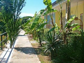 2 bedroom Apartment with Shared Outdoor Pool in Capo Vaticano - Capo Vaticano vacation rentals