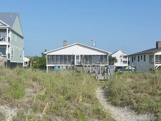 Comfortable House with A/C and Porch - Garden City vacation rentals