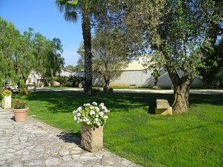 Comfortable House with A/C and Television - Ortelle vacation rentals