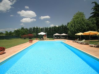 6 bedroom House with Shared Outdoor Pool in Bettona - Bettona vacation rentals