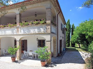 Comfortable House with Internet Access and Shared Outdoor Pool - Città Di Castello vacation rentals