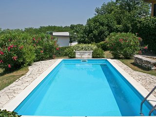 Cozy Peschiera del Garda House rental with Shared Outdoor Pool - Peschiera del Garda vacation rentals