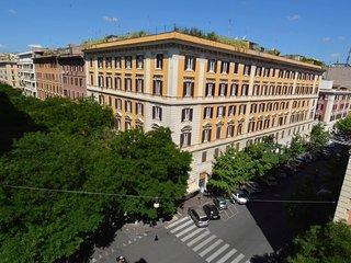 Vatican Family 4BR Apartment #8092.1 - Vatican City vacation rentals
