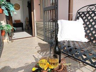 Comfortable 2 bedroom Condo in Itri with Internet Access - Itri vacation rentals