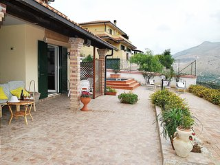 Adorable 5 bedroom House in Itri with Internet Access - Itri vacation rentals