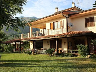 Beautiful 3 bedroom House in Formia with Internet Access - Formia vacation rentals