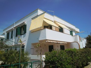 Comfortable Apartment in Campomarino with A/C, sleeps 4 - Campomarino vacation rentals