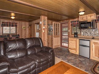 Cozy Cabin with Fireplace in the Upper Canyon forest very close to mid-town. - Ruidoso vacation rentals