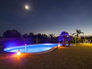 Comfortable 4 bedroom House in Racale - Racale vacation rentals