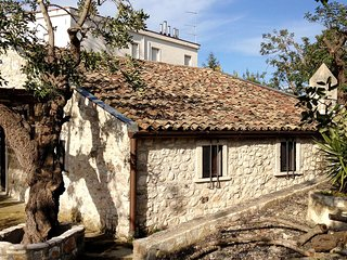 Comfortable House with Internet Access and Television - San Menaio vacation rentals