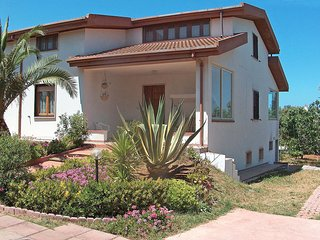 3 bedroom House with Television in Platamona - Platamona vacation rentals