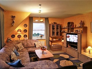 Stylish apartment with garden and WiFi on the island Sylt, in Germany - Tinnum vacation rentals
