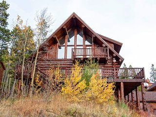 Magnificent Log Home with Breathtaking Views and Stunning Mountain Decoration - Breckenridge vacation rentals