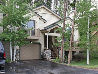 Amazing Rates for this 3-Bedroom 3-Bath House in Downtown Breckenridge - Sleeps - Breckenridge vacation rentals