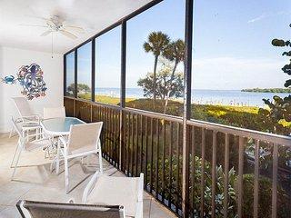 Bright Condo with Internet Access and A/C - Captiva Island vacation rentals