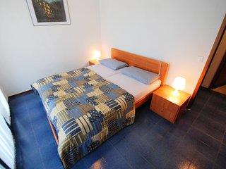 Romantic 1 bedroom Lignano Riviera Apartment with Shared Outdoor Pool - Lignano Riviera vacation rentals