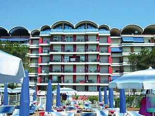 Nice 1 bedroom Caorle Condo with Internet Access - Caorle vacation rentals