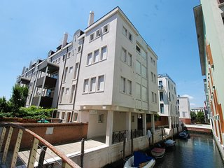Bright Condo with Internet Access and A/C - San Nicolo vacation rentals