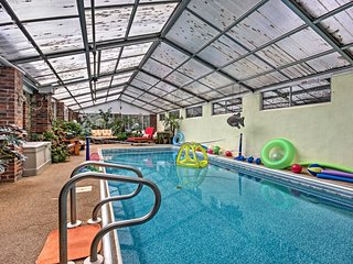 Book Now! Serene 2BR Asheville Home w/Indoor Pool & Meditation Garden * Great Location * Wi-Fi! Breakfast Ingredients Included! - Asheville vacation rentals