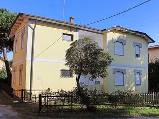 2 bedroom Apartment with A/C in Rosolina - Rosolina vacation rentals