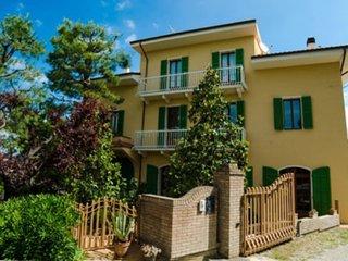 Comfortable 1 bedroom Ripatransone Condo with Internet Access - Ripatransone vacation rentals