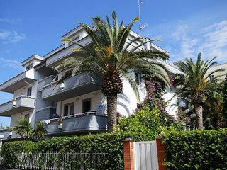 Nice Condo with Internet Access and A/C - San Benedetto Del Tronto vacation rentals