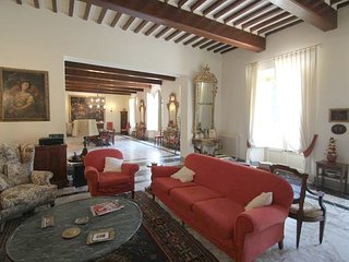 9 bedroom House with Internet Access in San Giuliano Terme - San Giuliano Terme vacation rentals