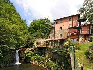 Nice Loro Ciuffenna Condo rental with Shared Outdoor Pool - Loro Ciuffenna vacation rentals