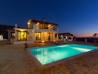 3 bedroom Villa with Internet Access in Peristerona - Peristerona vacation rentals