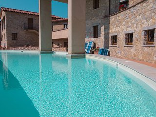 Cozy Gaiole in Chianti Apartment rental with Shared Outdoor Pool - Gaiole in Chianti vacation rentals
