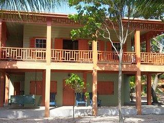 Beautiful 2 bedroom House in Placencia - Placencia vacation rentals