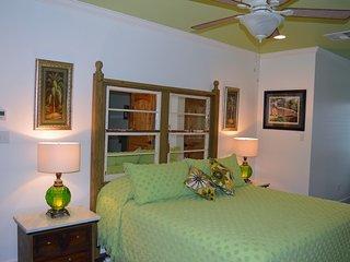 The Vert/Green Room in de la Bleau B&B - Mandeville vacation rentals